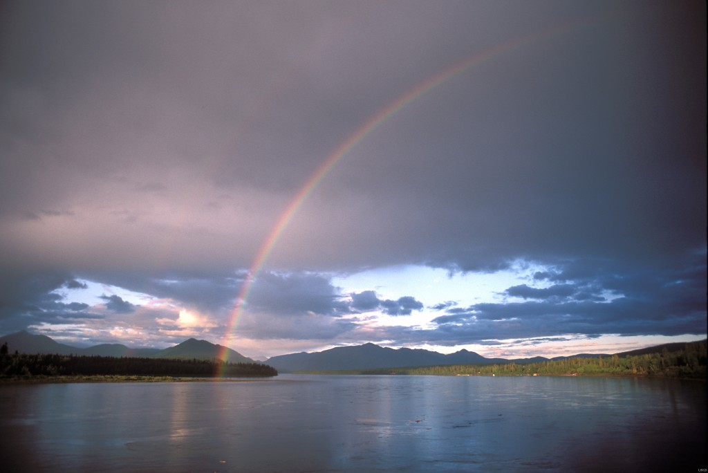 Rainbow_over_Yukon_River__Eagle__Alaska__June_2002